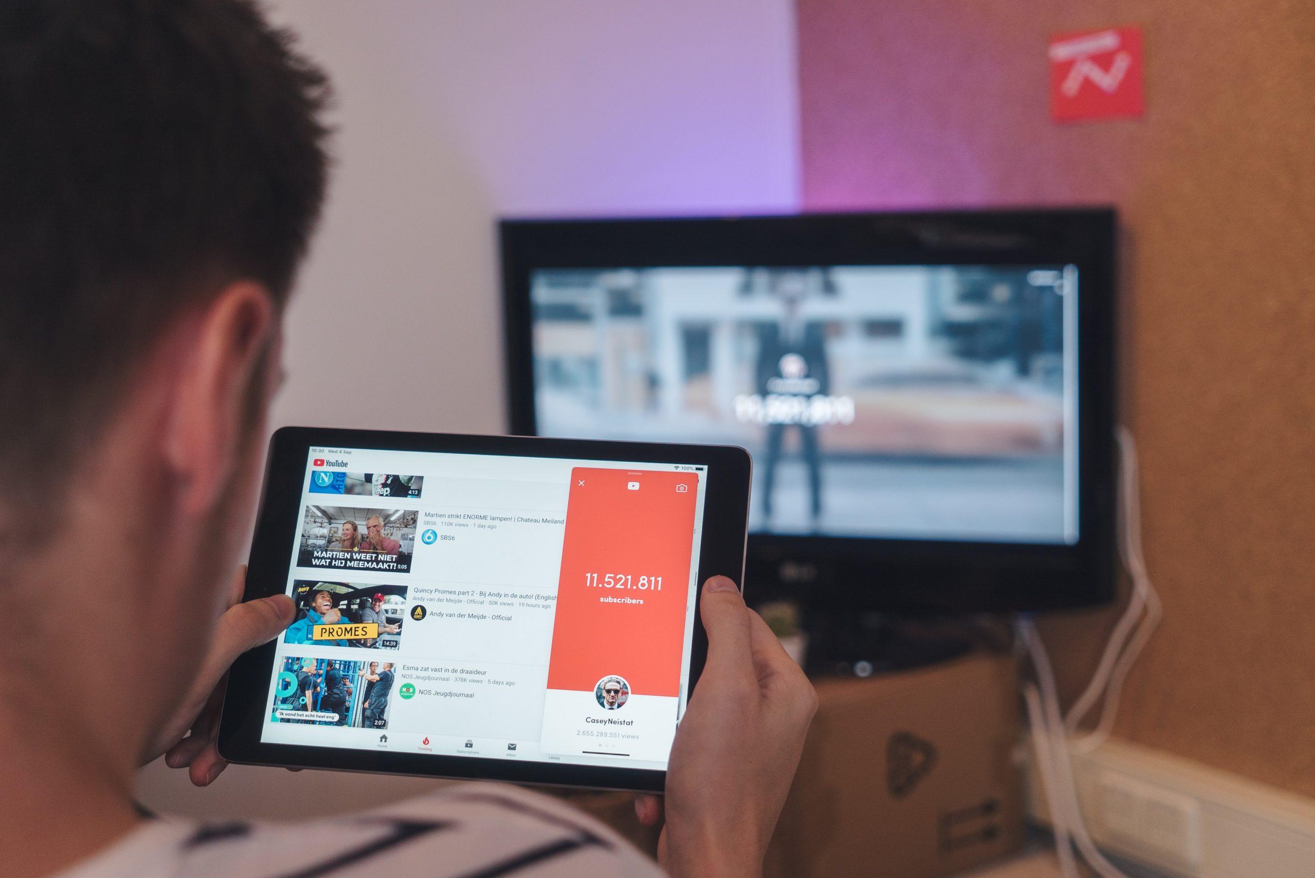 « Nouveaux médias : les règles du jeu ont-elles changé ? » avec Nicolas Colin, essayiste et co-fondateur de The Family<