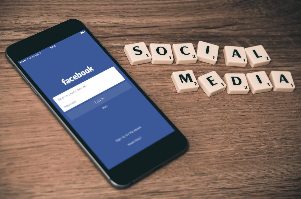 Groupe de travail « Les entreprises face au nouvel écosystème des médias» avec Laurent Solly, Directeur général de Facebook France<